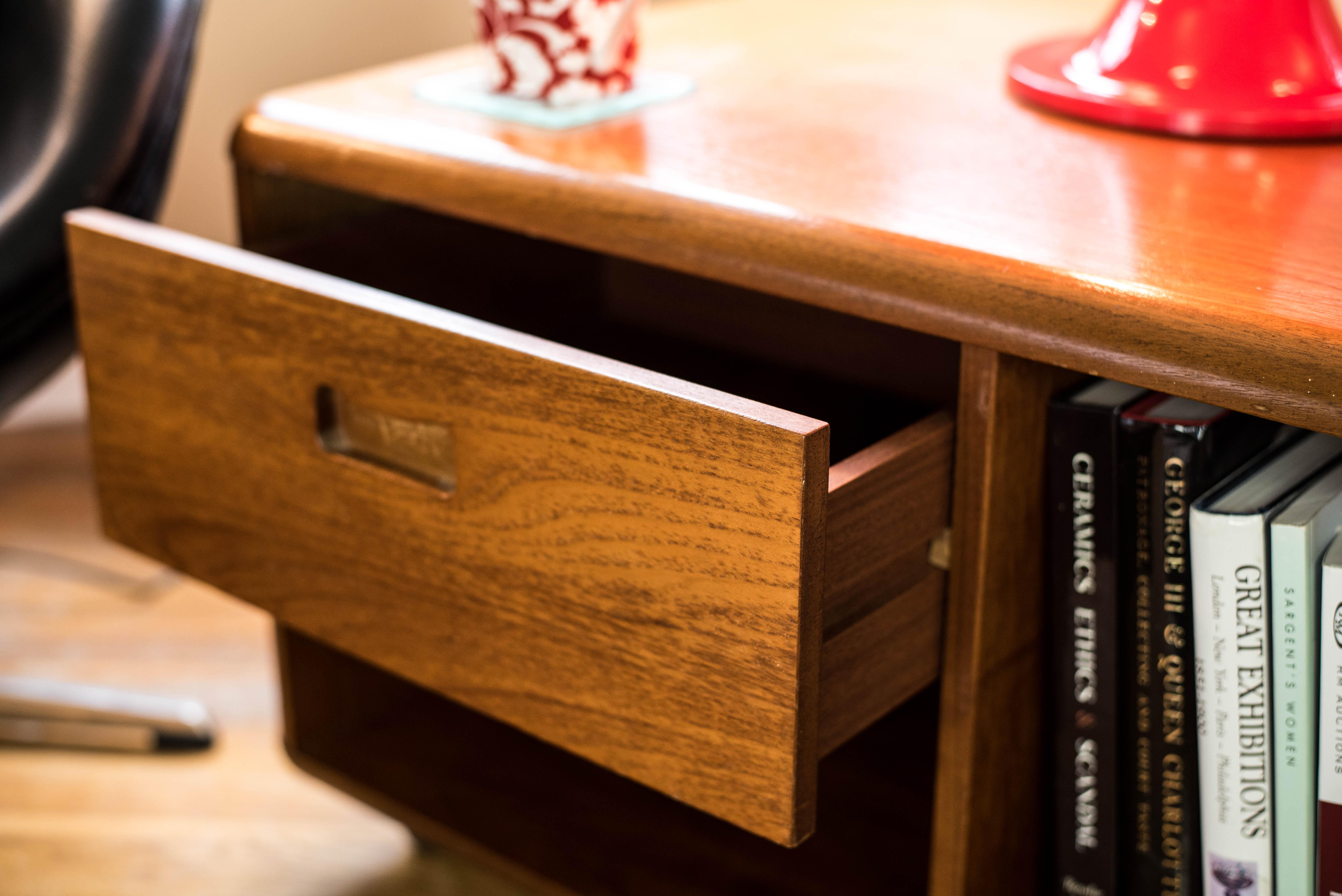 1970s Wooden Side Storage Cabinet 7