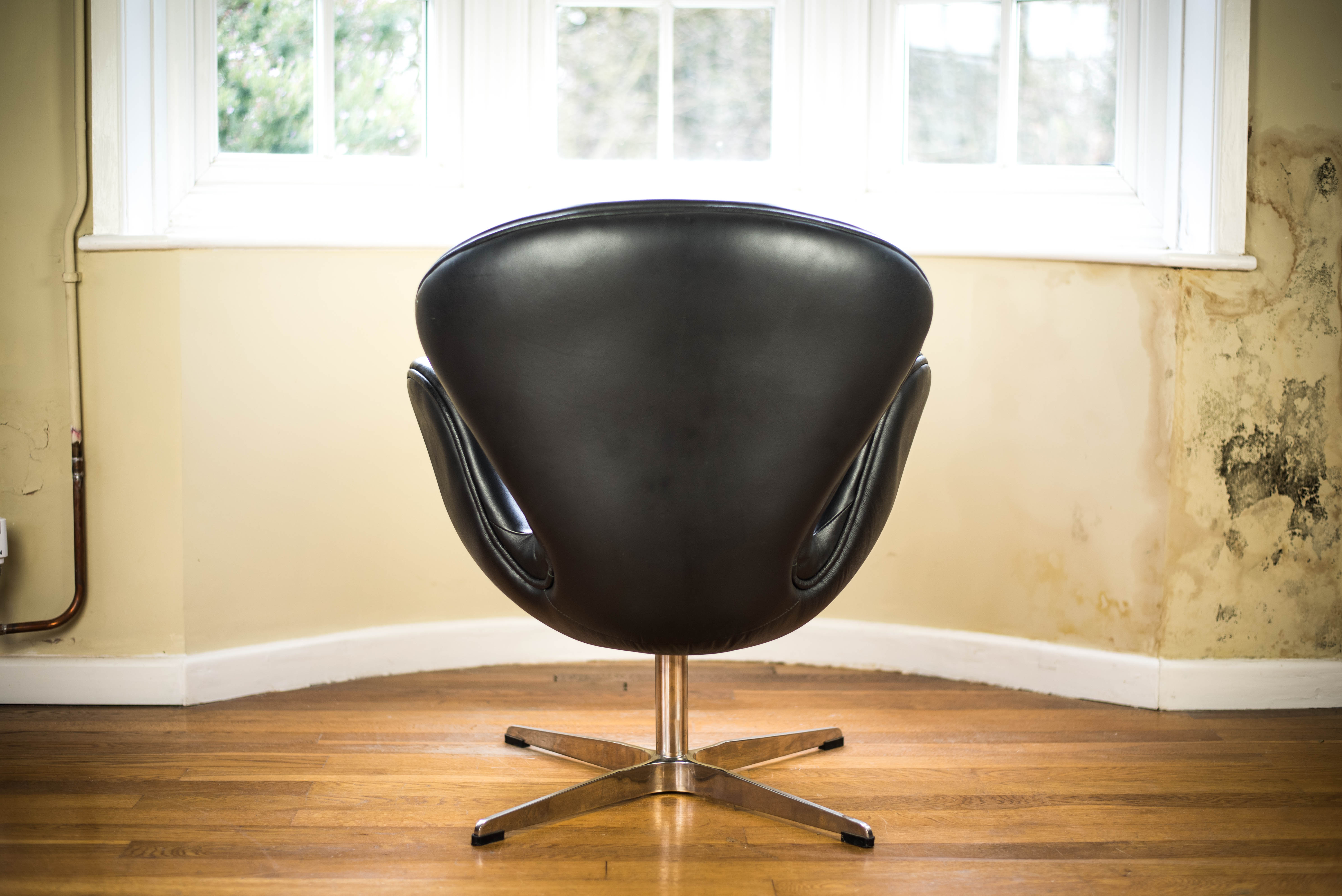 Black Leather Swan Chair after Arne Jacobsen rear 2