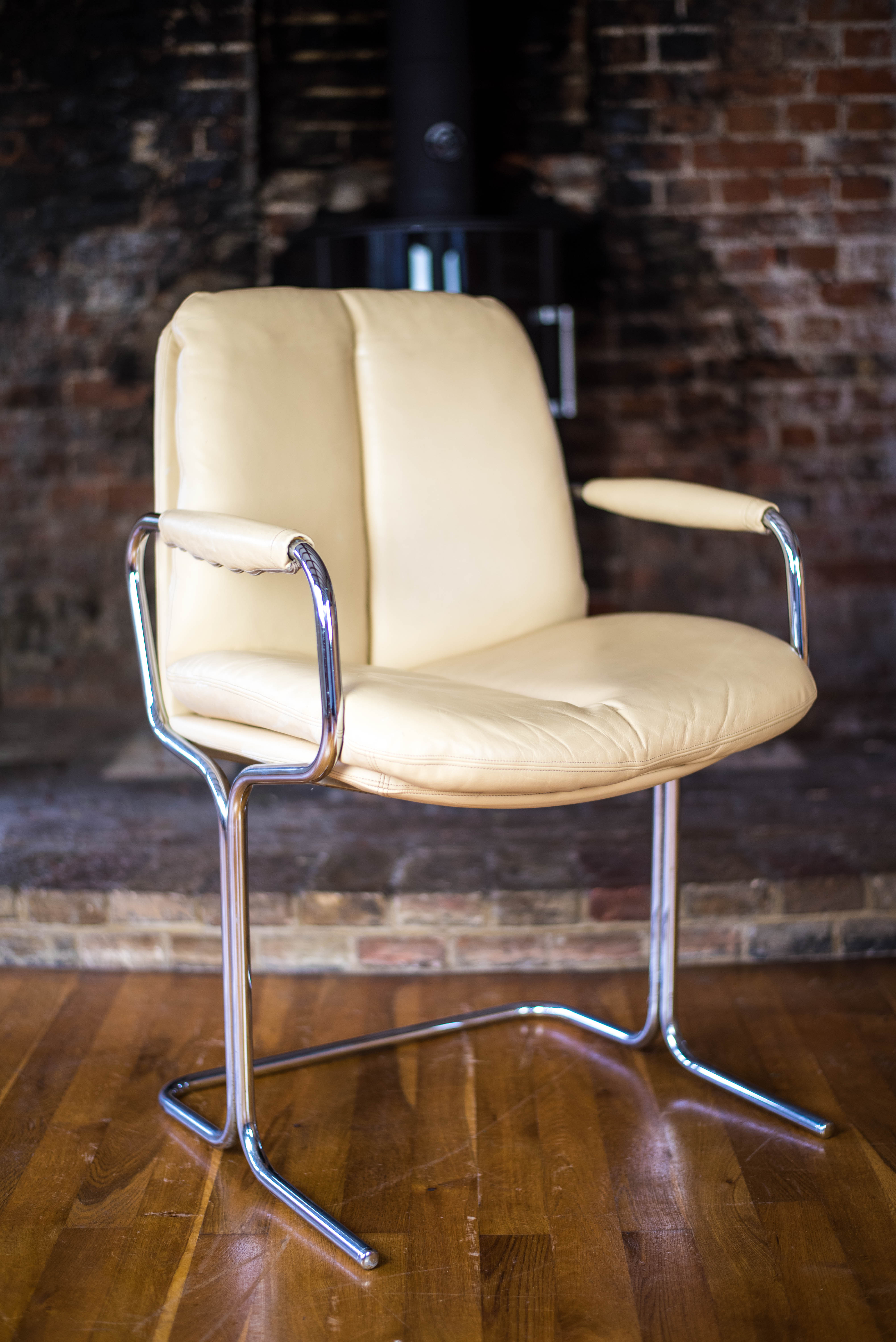 Pair of Pieff Eleganza Cream Leather Carver Dining Chairs 5