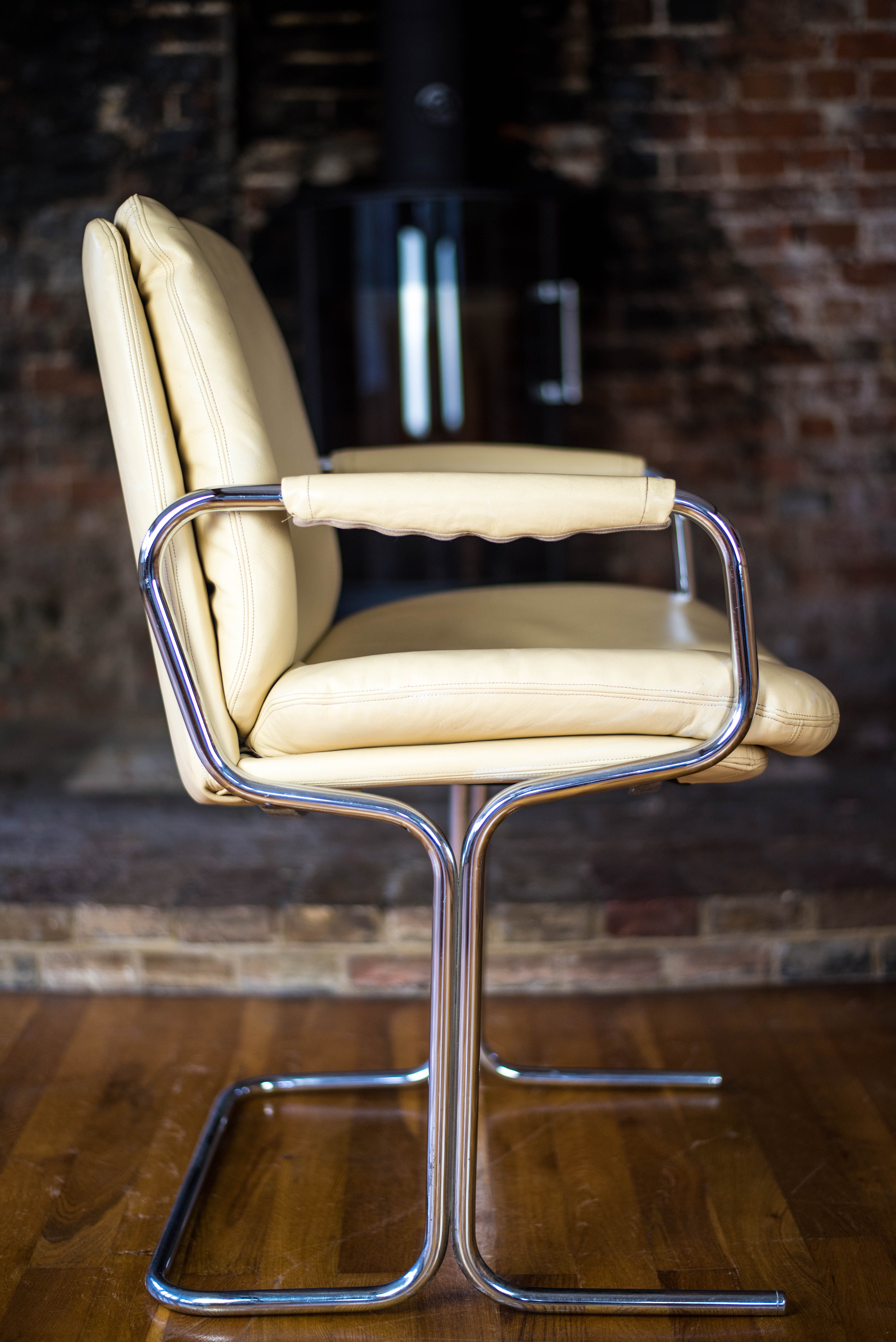 Pair of Pieff Eleganza Cream Leather Carver Dining Chairs 4