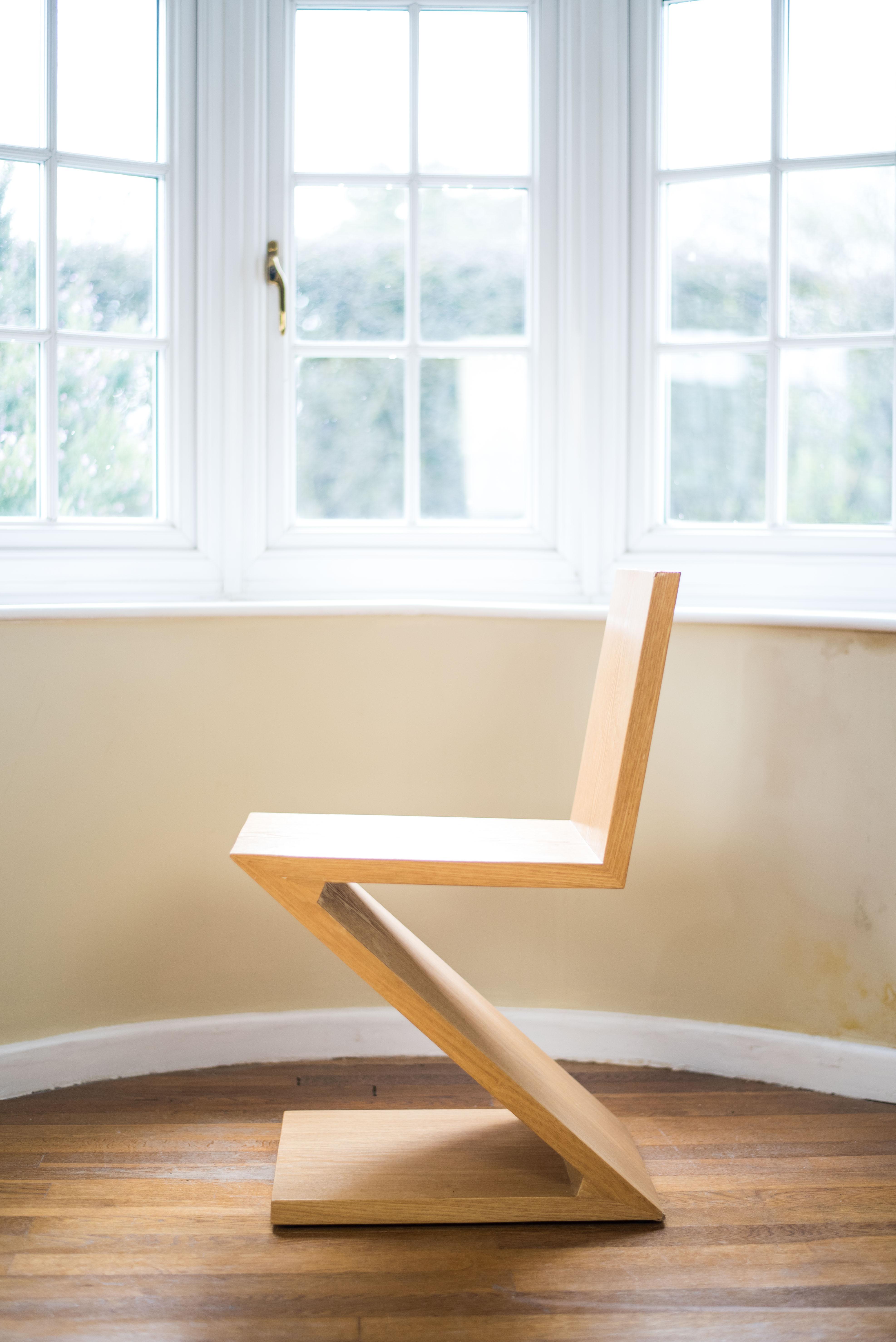 Zig Zag Chair Gerrit Thomas Rietveld side